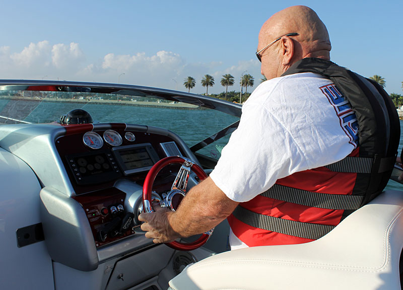 Bob Teague of Teague Custom Marine takes the Ilmor-powered 353 FAS3Tech out for a test drive in Miami.
