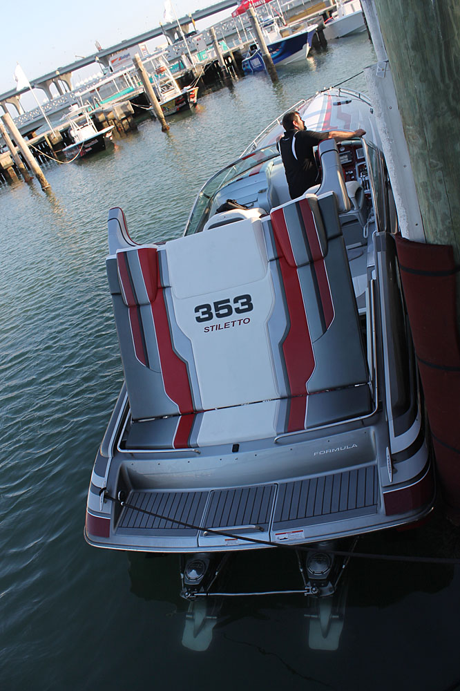 Formula's latest 353 FAS3Tech with Stiletto graphics is powered by a pair of 570-hp engines from Ilmor Marine.