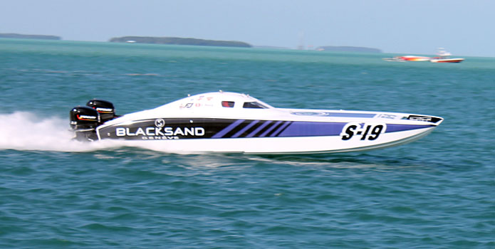 With Latham Marine components helping to propel the boat, Blacksand took home the Superboat Stock world championship.