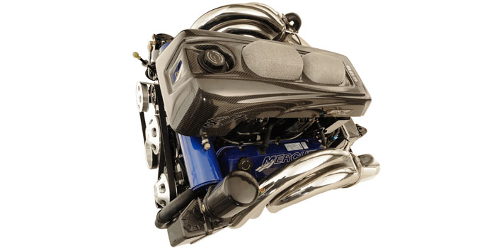 Like the 1350 and 1100 engines from Mercury Racing, the 565 has a carbon fiber cover.