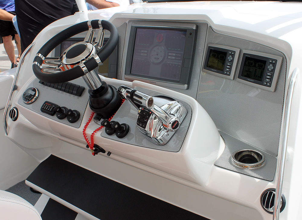 Along with two large Garmin displays, the driver's station included a tilt helm and Mercury SmartCraft digital controls.