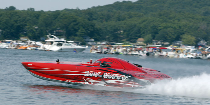 My Way earned the 2011 Lake of the Ozarks Top Gun trophy with a 208-mph top speed. Courtesy Robert Brown/RobertBrownPhotography.com