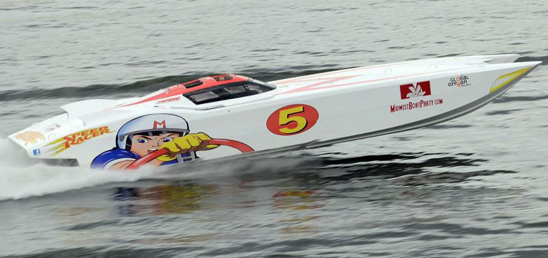 Randy Wild owns the 40-foot Speed Racer, a former race boat. Courtesy MidwestBoatParty.com