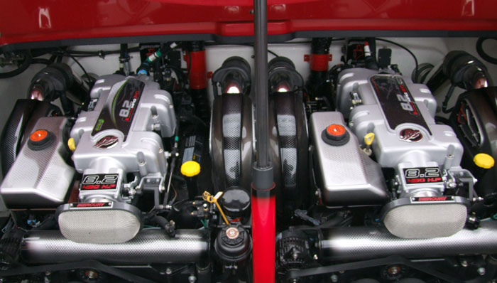 Twin 430-hp MerCruiser 8.2 Mag HO engines power the 32 XRT.